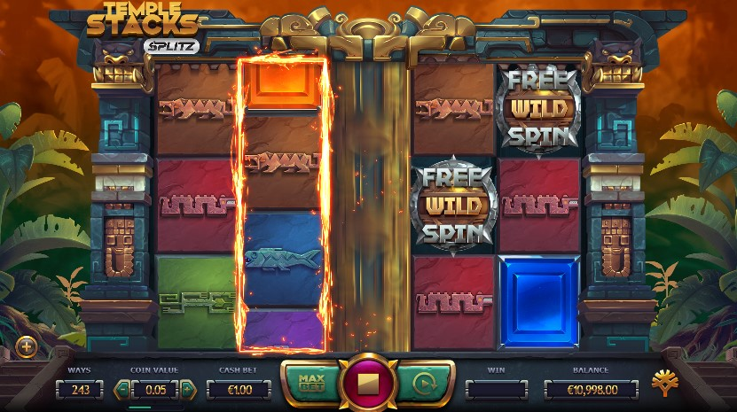Temple Stack: Splitz Slots Game